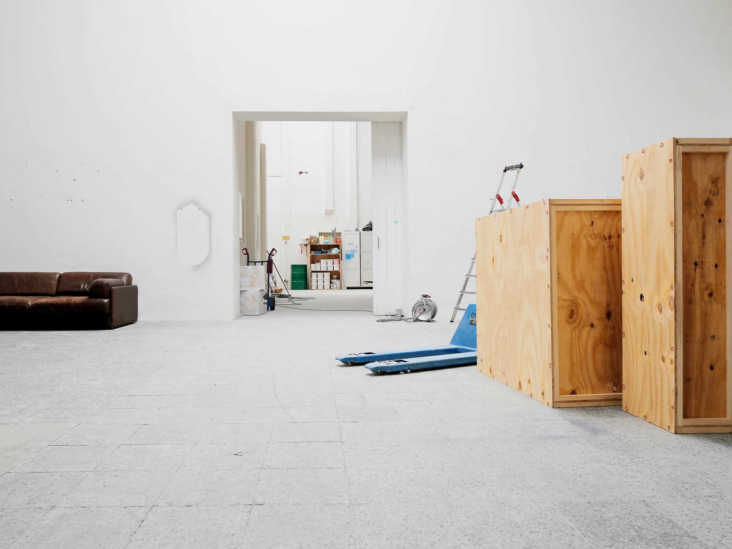 stusu — studio sublet
